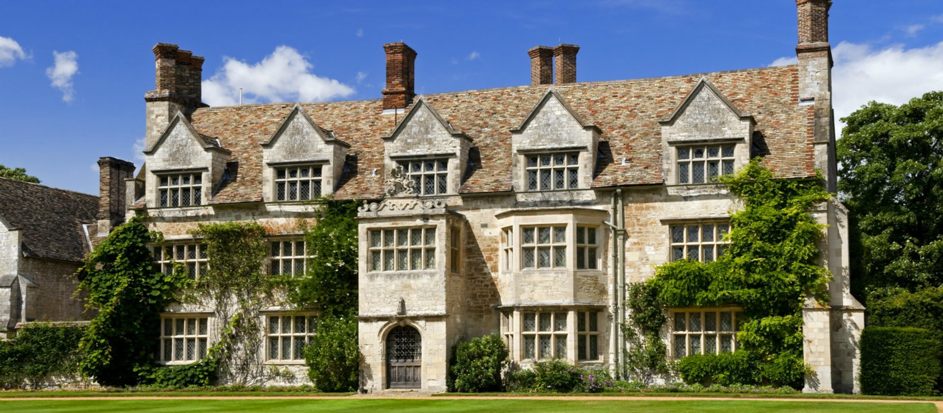 Anglesey Abbey - Front view of House - web ready